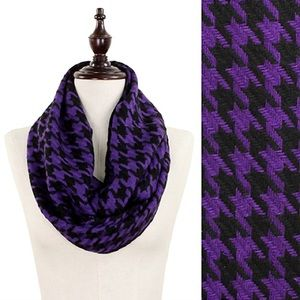 Accessories - Christmas Sale!🎄Purple & Black Houndstooth Scarf